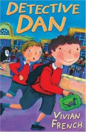 Year 3: Detective Dan (White Wolves: Familiar Settings) - French, Vivian