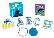 Sesame Street : Cookie Monster Cookie Cutter Kit   -